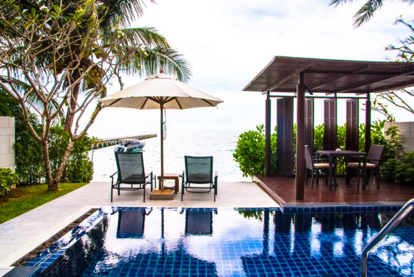 pool, lounge chairs