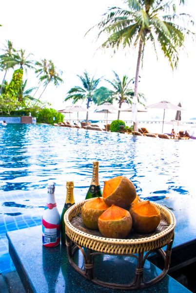 Intercontinental Samui pool, palm trees, coconut, champagne