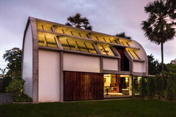 Studio WARP, Gallery, curved building, semi open structure