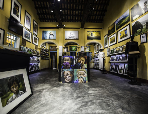 museum, gallery, photos, protraits